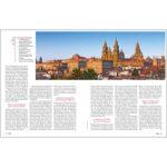 Doppelseite zur Ankunft in Santiago mit großem Bild der Kathedrale und viel Text.
